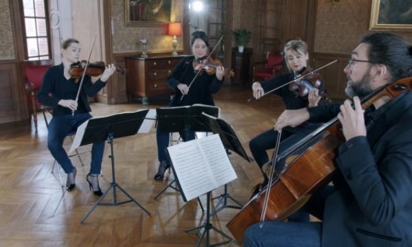 Les artistes du Quatuor Psophos jouent en faveur de PSE