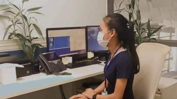 Cheng Linda, étudiante en hôtellerie en apprentissage à l'hôtel Rosewood