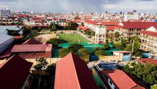 L'école PSE à Phnom Penh vue du ciel