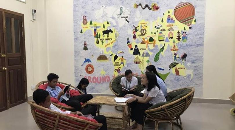 Les étudiants de l'Ecole de Gestion et Vente dans l'Open Space